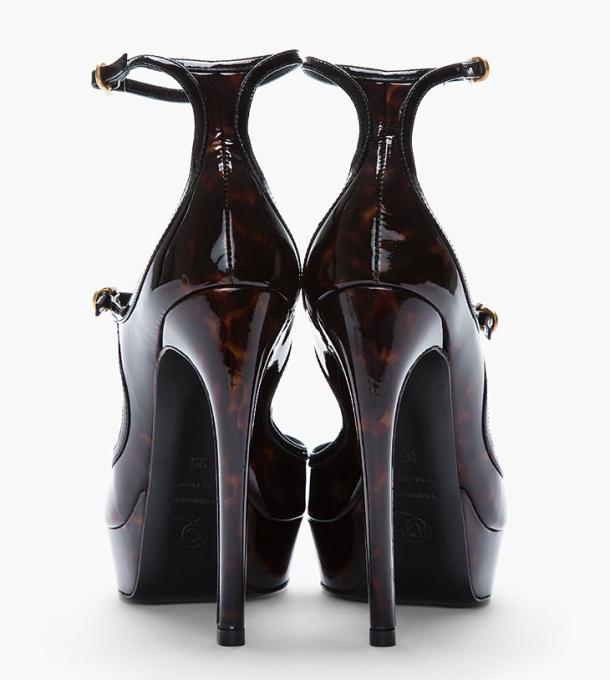 Alexander-McQueen-Tortoiseshell-Dream-Heels-04