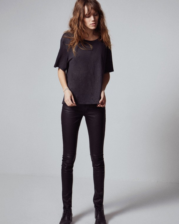 faar-Freja-Beha-mother-jeans-e1377621639862-608x760