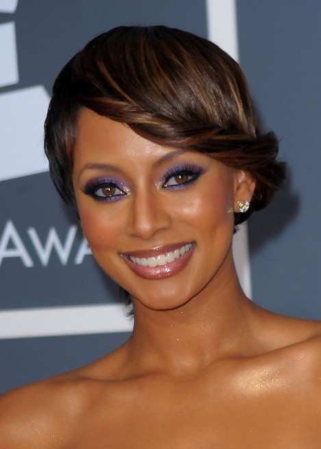 Keri-Hilson-Stylish-French-Twist-Updo-Hairstyle