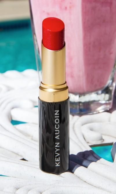 kevyn-aucoin-matte-lipstick-red-e1373329376932