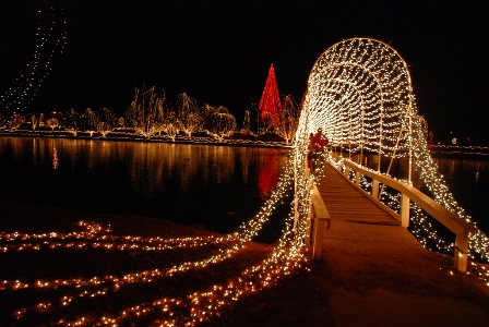 Chickasaw_Fest_of_Lights_1