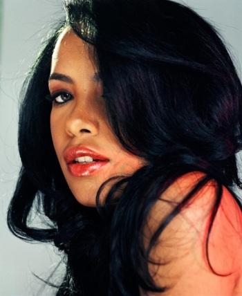 Aaliyah-Rare-Photos-kempiredaily11