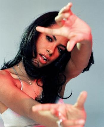 Aaliyah-Rare-Photos-kempiredaily4