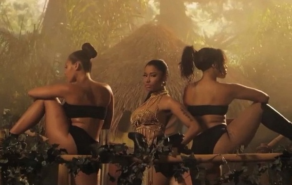 nicki-minaj-anaconda-video-thatgrapejuice-600x381