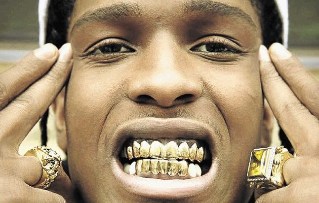 Don T You Like These Gold Fangs Arta Chic