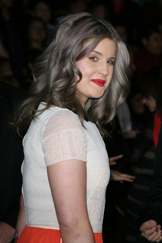 kellyosbourne_grey