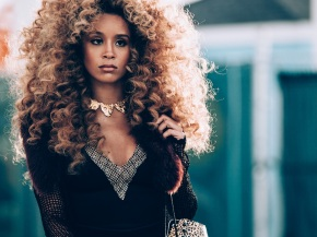M·A·C Future Forward Collections With Lion Babe
