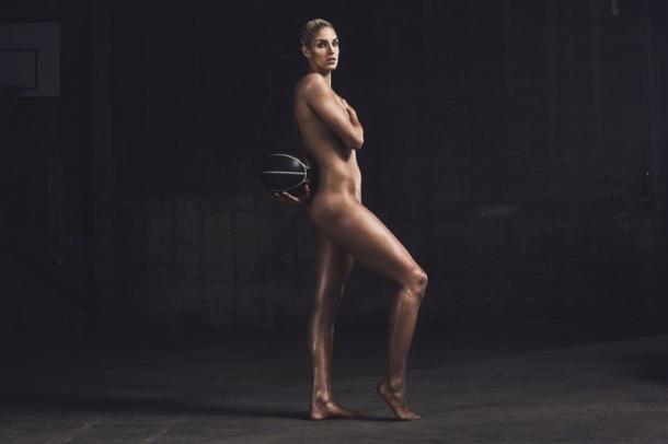 Elena-Delle-Nude-Donne-2016-ESPN-Body-Issue2