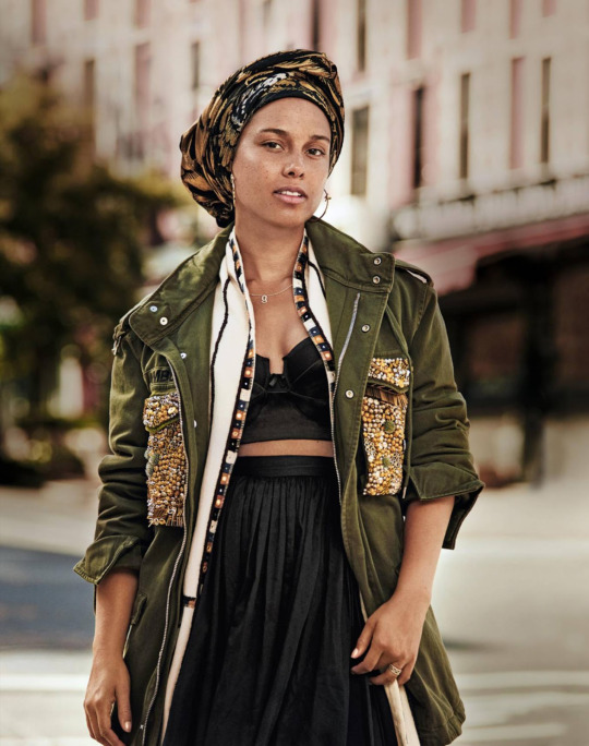 4-The-Daily-Alicia-Keys-is-Make-Up-Free-for-Grazia-France-September-2016