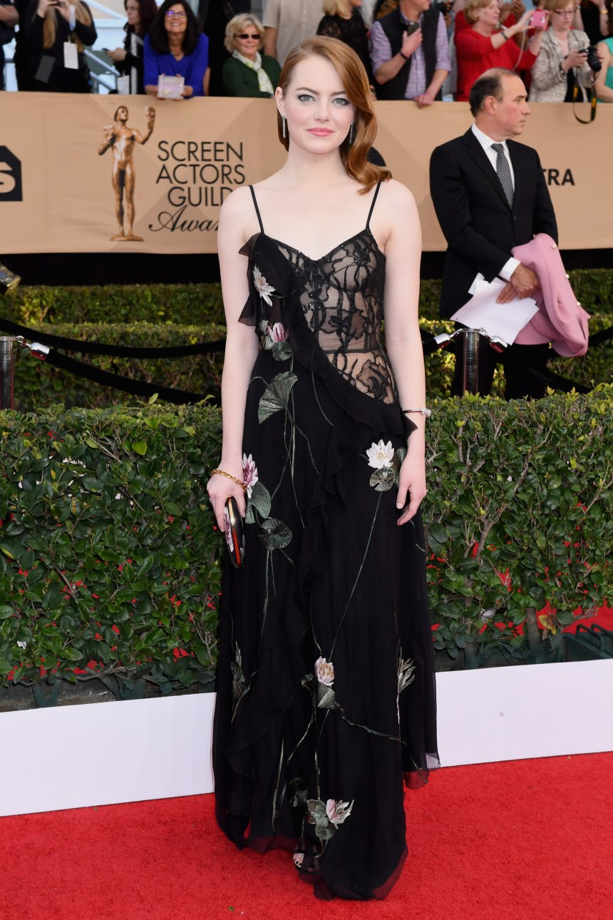 2017-sag-awards-sheer-gown-emma-stone
