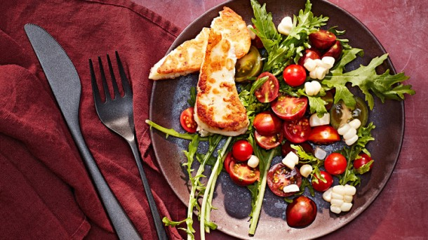 cherry-tomato-corn-and-halloumi-salad-103020877_horiz